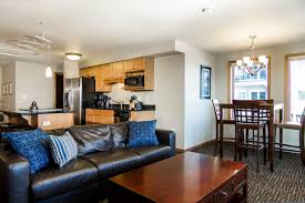 3 bedroom condos 3 bedroom condo beacon pointe duluth lakeview hotel on lake