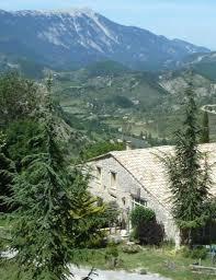 chambre d hote en drome provencale chambres d hôtes du pays de montbrun les bains en drôme provençale