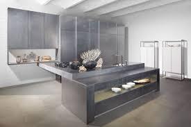 beton ciré mur cuisine béton ciré sol mur plafond pour créer un intérieur cosy et