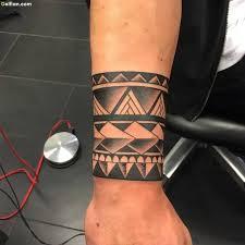 creative polynesian armband on lower arm for jpg 640