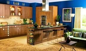 cuisine verte et marron decoration de cuisine vert anis organisation cuisine vert anis et