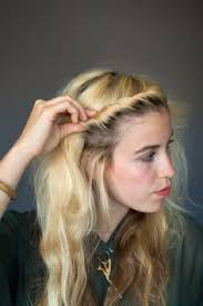 hairstyles for foreheads that stick out on a woman 9 hairstyles for when summer frizz gets the best of you