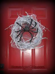 spider halloween wreath diy scavenger chic