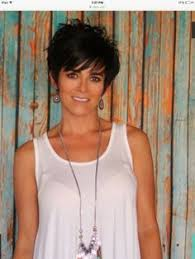 short hair cuts with height at crown 2017 best short haircuts for older women short haircuts