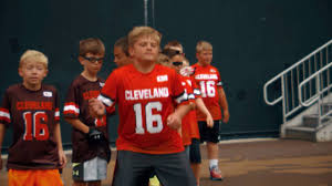 Cleveland Browns Flag Cleveland Browns Rookies Visit Youth Football Camp Youtube