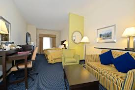 Comfort Suites Midland Hotel Comfort Suites Amish Country Lancaster Pa Booking Com