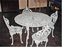 Cast Iron Bistro Table Vintage Cast Iron Patio Set Table Is 26 X 39 Four Chairs 32