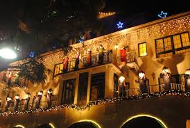 socal families four kid friendly places to see holiday lights