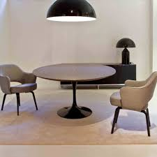 saarinen round table saarinen dining table from skandium from 1