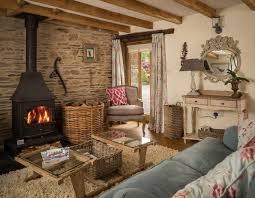 cottage livingroom best 25 small cottage interiors ideas on cottage