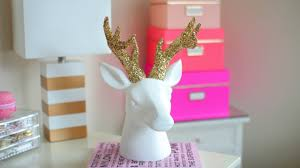 Diy Bedroom Decor by Diy Chrismas Winter Room Decor Sparkly Deer Head Youtube