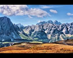 pictures of a stunning pictures of mountains