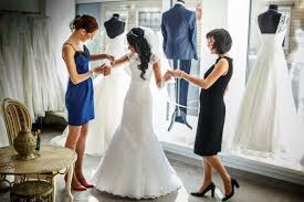 wedding dress shopping guest 8 wedding dress shopping mistakes brides need to avoid