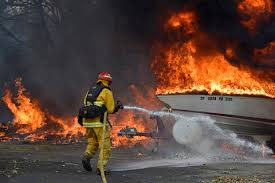 california wildfires death toll rises residents flee burning