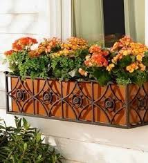 iron planter box foter