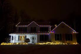 christmas light show house music midland family creates christmas lights show set to music midland