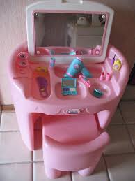 little tikes vanity table little tikes pink vanity and chair loveeeee children s toys
