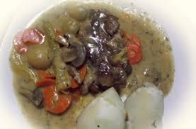cuisine blanquette de veau à l ancienne blanquette de veau à l ancienne à la mijoteuse recettes du québec