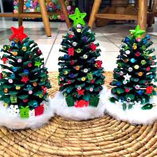 25 tree crafts for play ideas