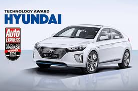 hyundai car models technology award 2016 hyundai auto express