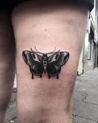 butterfly on thigh