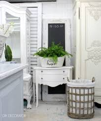 White Furniture Paint Shop Visit Paint Me White Diy Decorator
