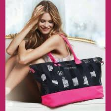 victoria secret on black friday victoria u0027s secret nwt victoria u0027s secret black friday 2013 tote