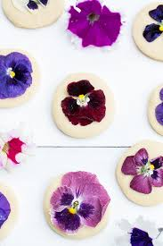 edible images edible flower recipe ideas how to cook with edible flowers