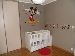 deco mickey chambre chambre thème mickey chambre de bébé forum grossesse bébé