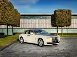 roll royce qatar middle east rolls royce edition ghost u0027oasis u0027 arrives in abu dhabi