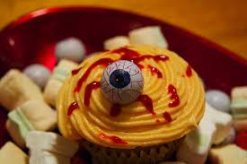 halloween cupcake decoration ideas jessica eve lifestyle blog