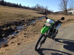 how to wheelie a motocross bike top 16 off road riding tips riding in the zone