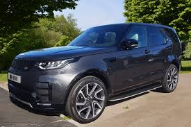 land rover discovery hse land rover discovery 5 hse grey 01 adaptive vehicle