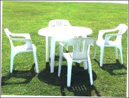 plastic round table and chairs plastic outside table and chairs plastic round patio table brown