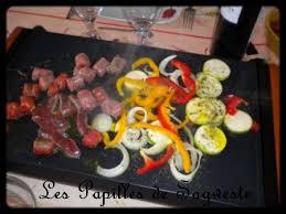 cuisine plancha facile recette de plancha saucisses de boeuf merguez steak et épices