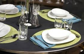 table setting runner and placemats placemats for round table table runners and dining room with round