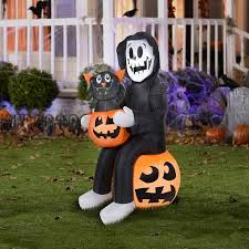 Inflatable Halloween Decorations 81 Best Halloween Images On Pinterest Walmart Halloween