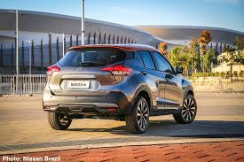 nissan kicks vs juke carnichiwa nissan gets its kicks in brazil u2013 new compact