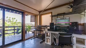 Crest Office Furniture Oscar Winning Composer Atticus Ross U0027 Hollywood Hills Home Photos