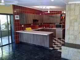 powell pennfield kitchen island counter stool granite countertop kitchen cabinet refrigerator hgtv