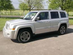 jeep patriot 2 0 crd used jeep patriot 2010 diesel 2 0 crd limited 5dr 4x4 silver