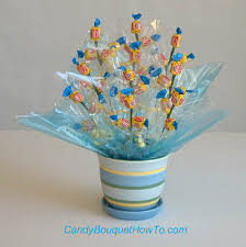 candy arrangements diy gum candy bouquet candy crafts from candybouquethowto