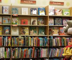 Awn Books Picture Book Den Picture Book Differences Between The Main