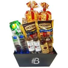 birthday baskets 21st birthday gifts and booze gift baskets the brobasket