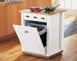 poubelle pour meuble de cuisine cuisine avec îlot central oui voilà 28 exemples