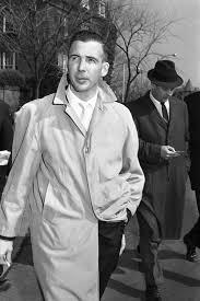 Oswald Backyard Photos Who Was Lee Harvey Oswald