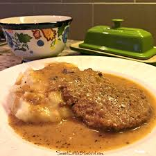 sweet little bluebird slow cooker cube steak and gravy quick u0026 easy