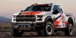 ford raptor harga kerennya ford f 150 raptor 2017 taklukkan padang pasir otosia com