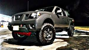 lifted nissan frontier 2 5