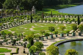 top 10 of the most beautiful parks and gardens in the world